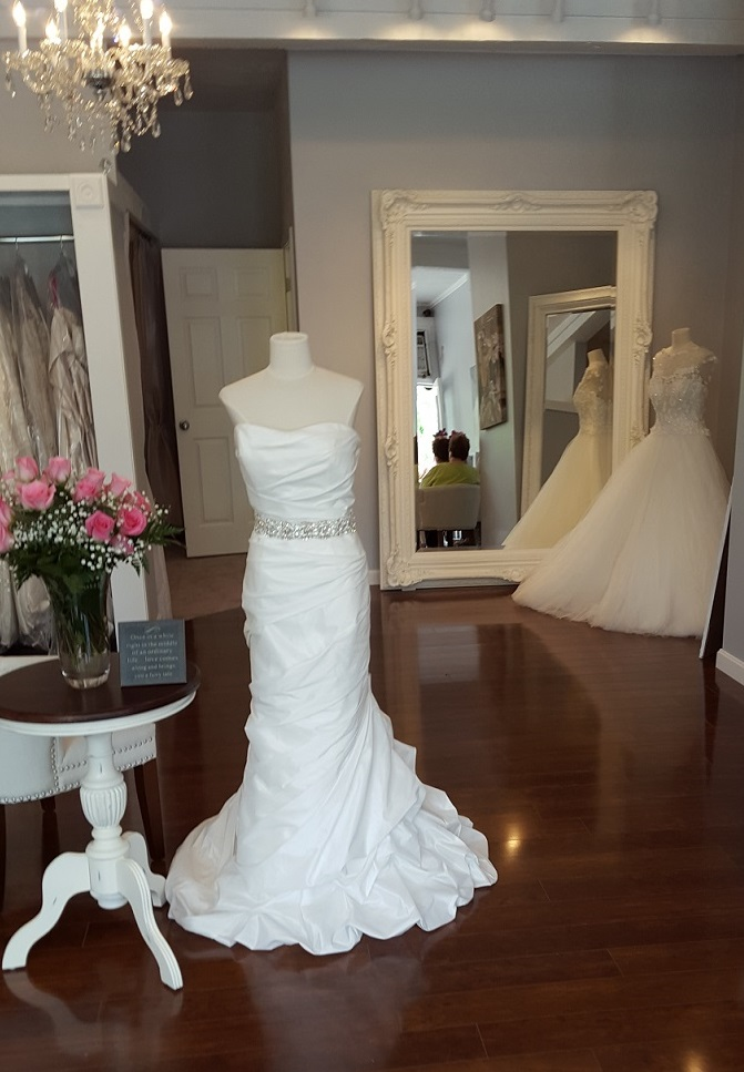 Bridal Fashion on a Shoestring Budget: Rhode Island Monthly