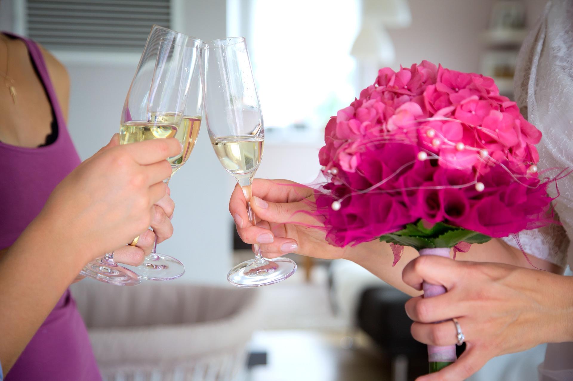 cheers-2153711_1920
